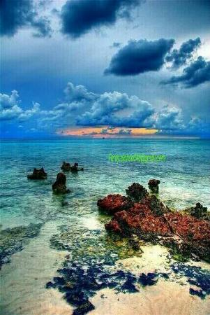 Wonderfull Papua Pantai Base Berlokasi Sekitar 10 Km Kota Jayapura
