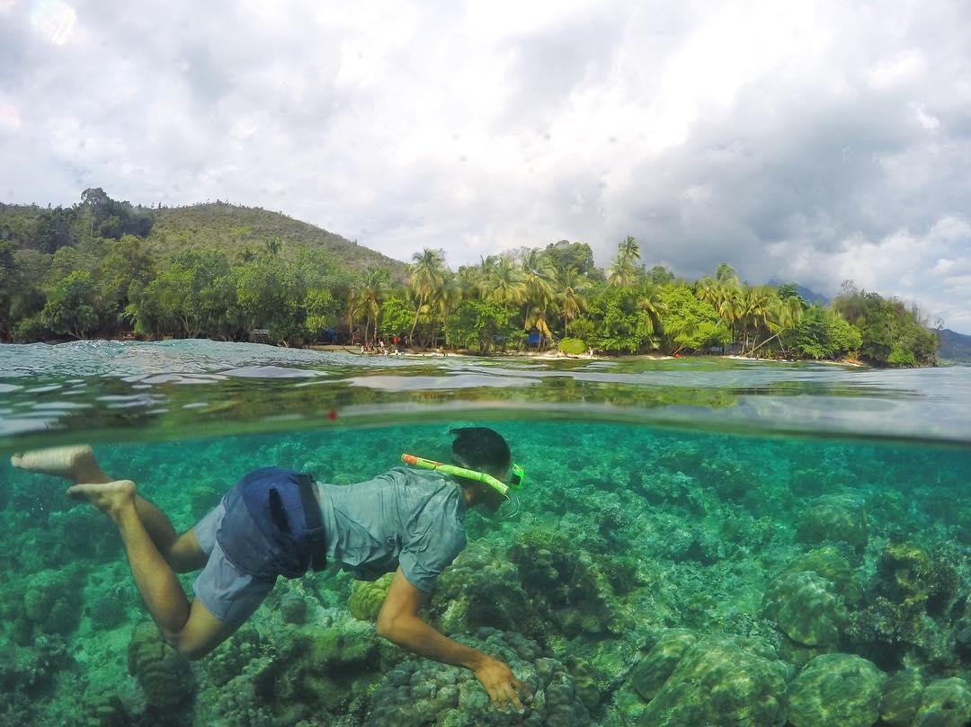 7 Wisata Jayapura Sajikan Panorama Alam Tanah Papua Snorkeling Pantai