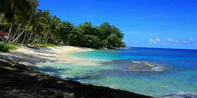Harlem Beach Pantai Indah Sisi Timur Indonesia Merdeka 2017 Kab