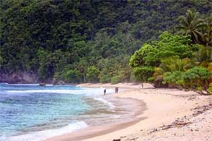 Obyek Wisata Kota Jayapura Sewa Rental Mobil Abepura Sentani Pantai