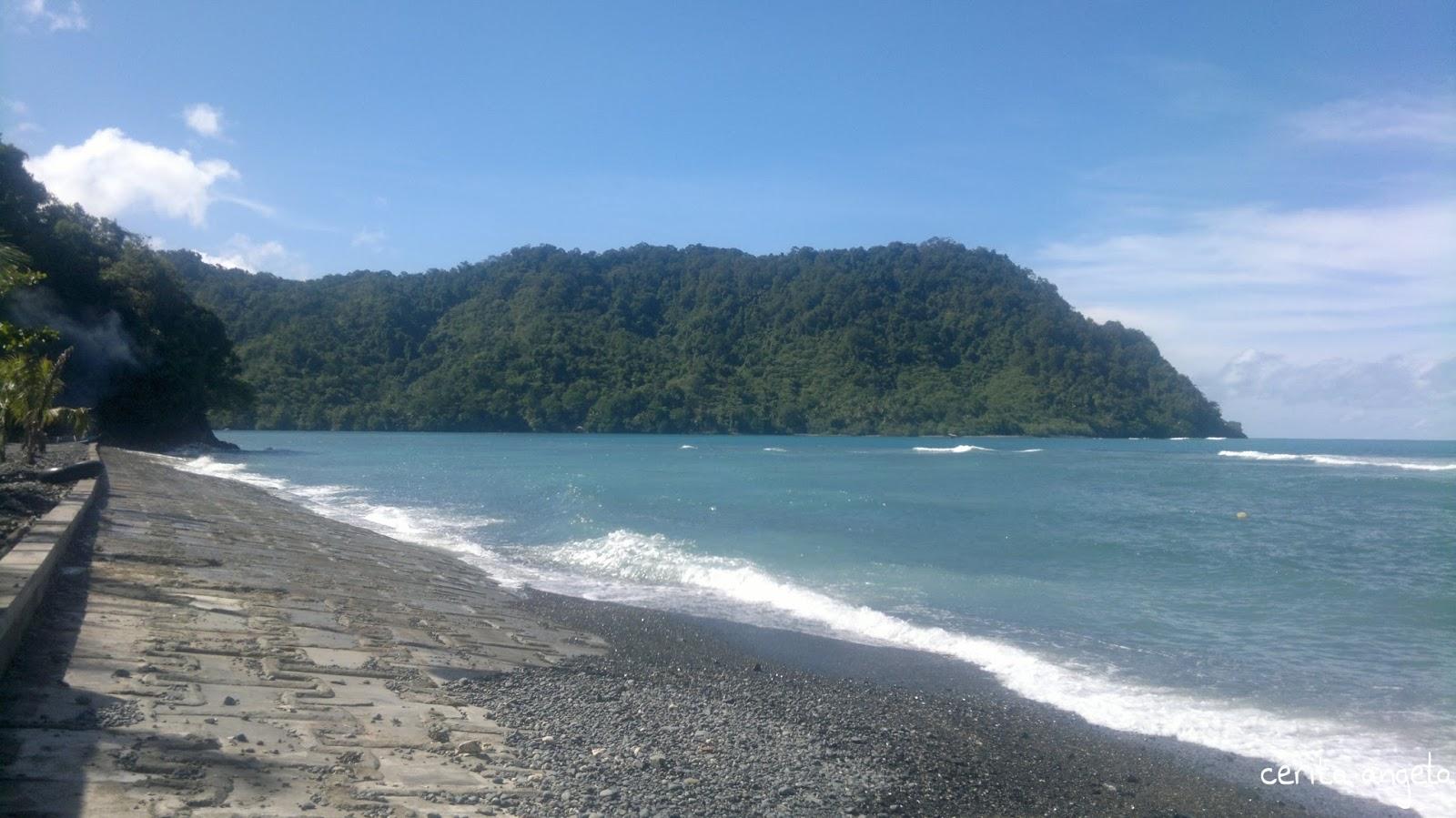 Black Stone Beach Pantai Berada Sebelah Barat Kota Jayapura Memiliki