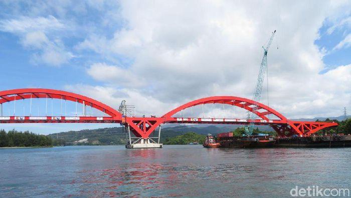 Kunjungi Papua Jokowi Cek Progres Jembatan Holtekamp Foto Danang Sugianto