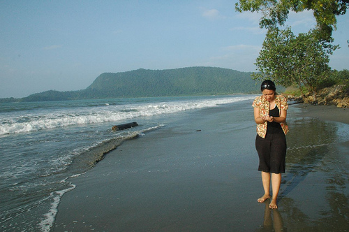 Pantai Holtekamp Bumi Nusantara Selasa 15 November 2011 Hotelkamp Kab