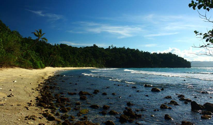 Pantai Pasir Putih Holtekamp Keindahan Alam Papua Hotelkamp Kab Jayapura