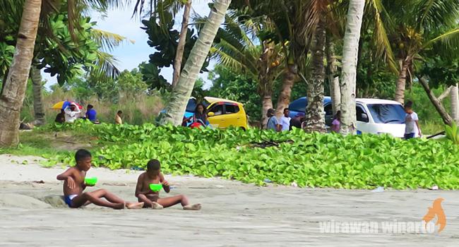 Riuh Rendah Pantai Holtekamp Tunawisma Papua Satu Sedikit Provinsi Indonesia