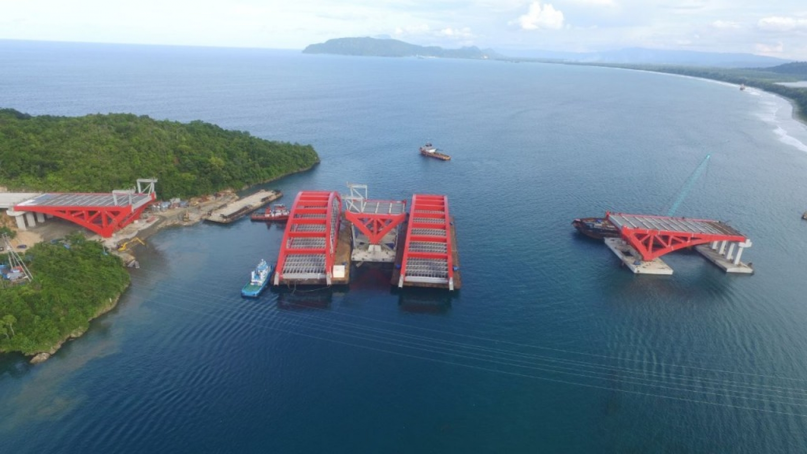 Tengah Jembatan Holtekamp Jayapura Segera Dipasang Bentang Pantai Hotelkamp Kab