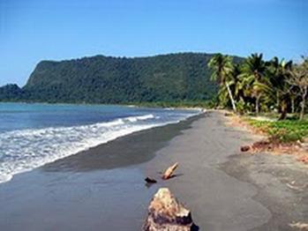 Wisataku Pantai Holtekamp Terletak Distrik Muara Tami Kota Jayapura Papua