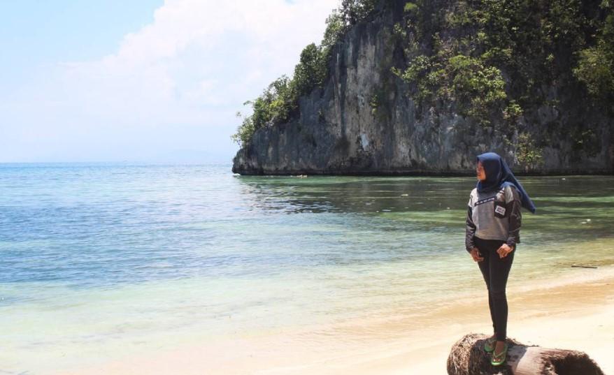 17 Tempat Wisata Jayapura Papua Hits Dikunjungi Pantai Yacoba Pasir