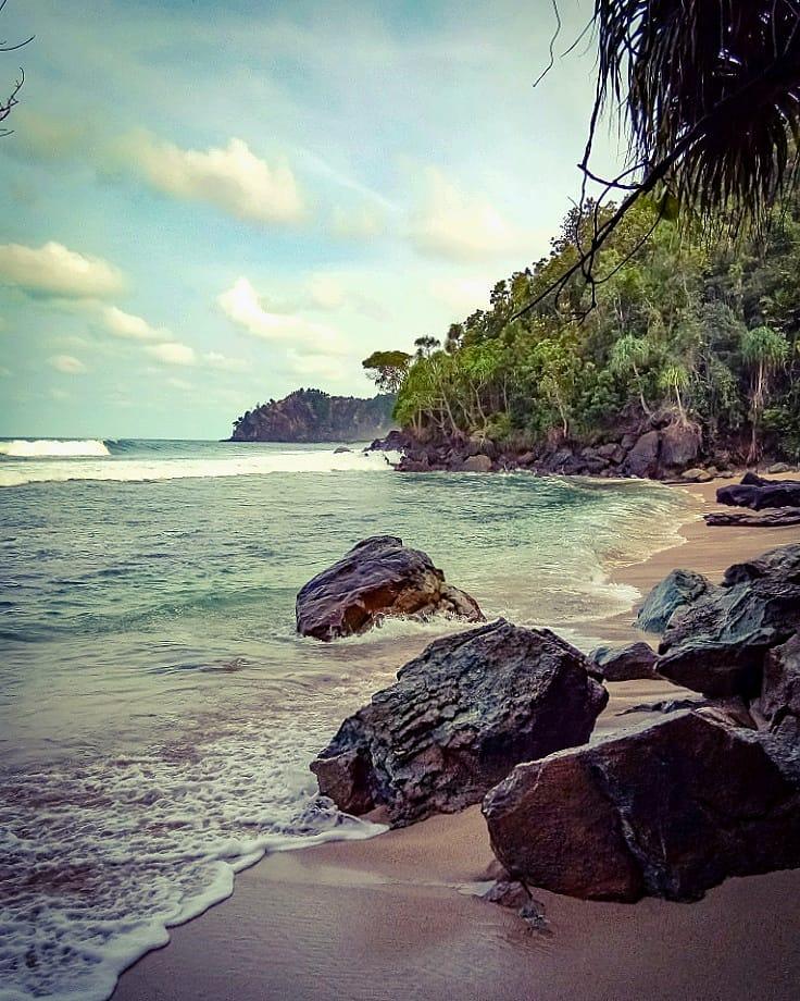 7 Wisata Jayapura Sajikan Panorama Alam Tanah Papua 6 Pantai