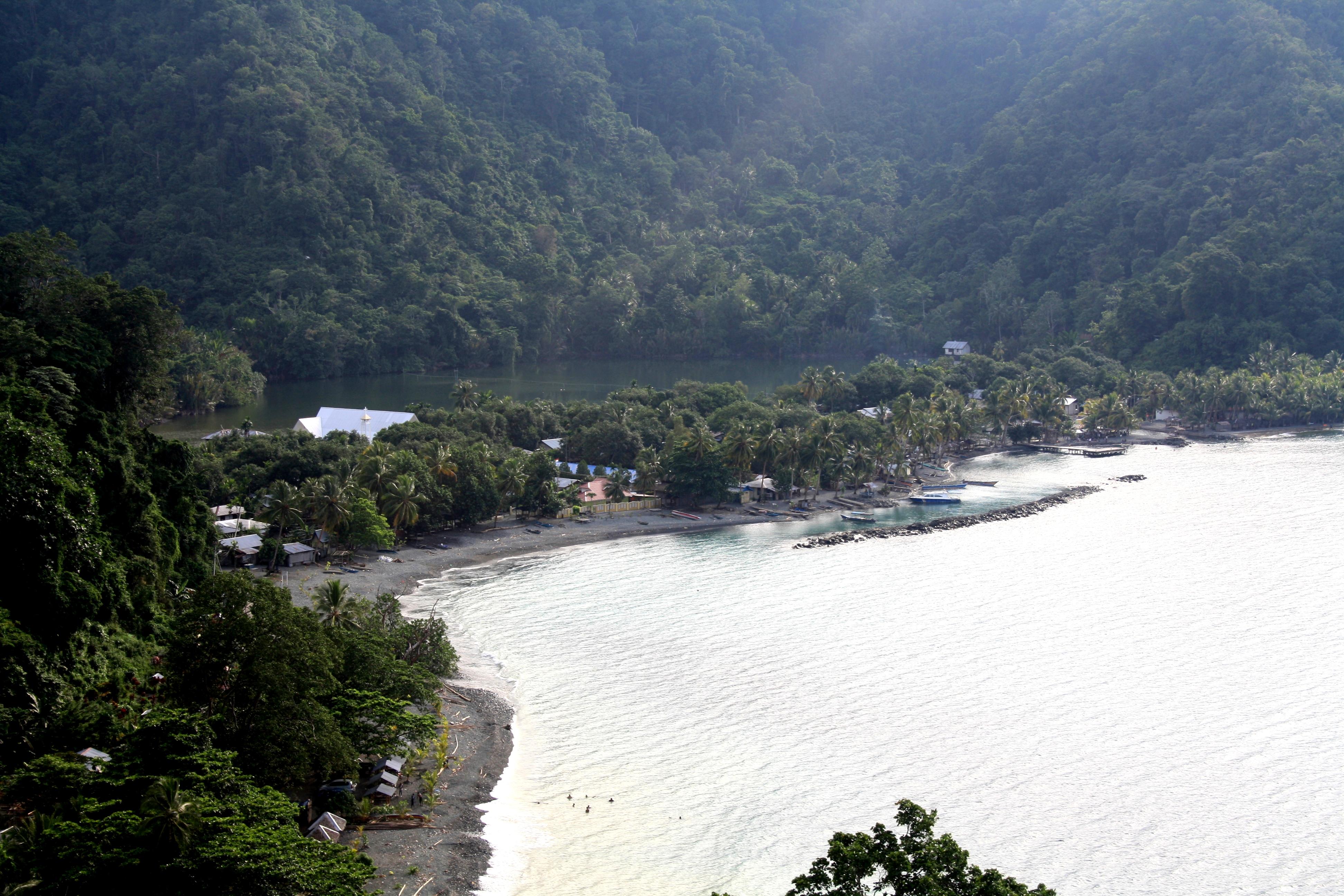 Tablanusu Idola Eat Pray Travel Jangan Sampai Nasibnya Pantai Base