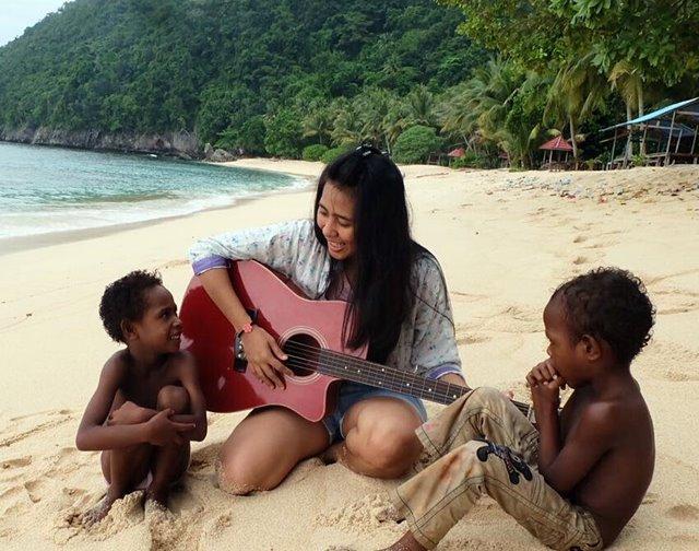 5 Destinasi Wisata Terbaik Jayapura Papua Waluwalucom Pantai Yacoba Kab