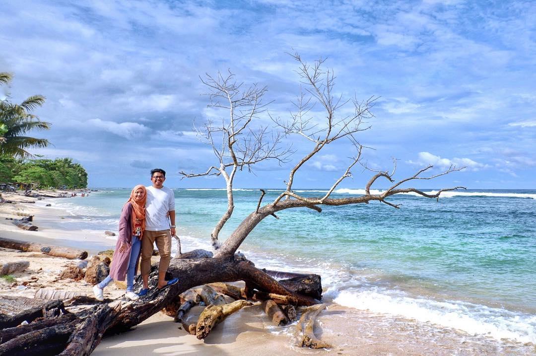 7 Wisata Jayapura Sajikan Panorama Alam Tanah Papua Pantai Yacoba
