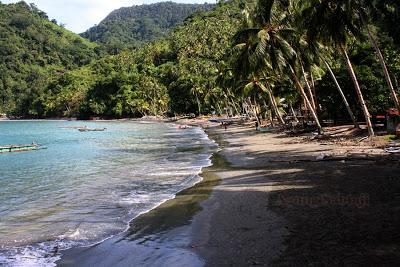 Agung Sabtaji Wisata Pantai Kota Kabupaten Jayapura Kamdera Distrik Demta