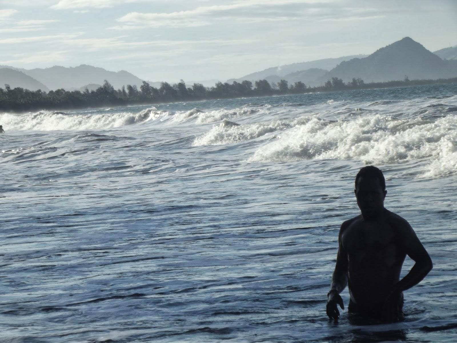 Traveling Papua Pantai Holtekamp Jayapura Datang Keponakan Dua Hari Sepih
