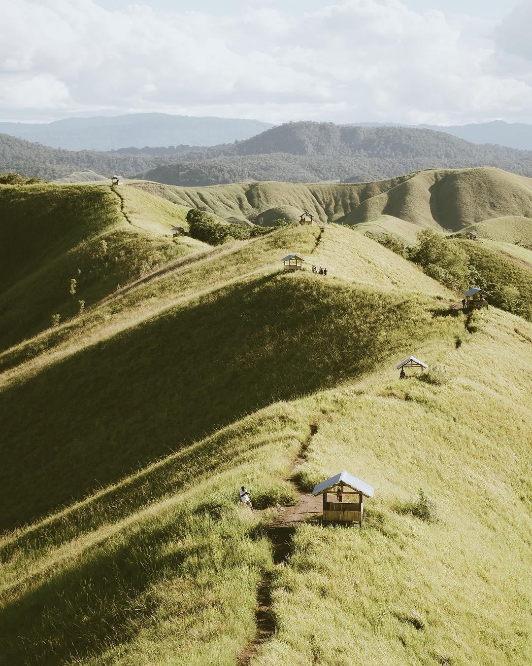 Wisata Papua Bukit Teletubbies Sekitar Danau Sentani Jayapura Foto Oleh
