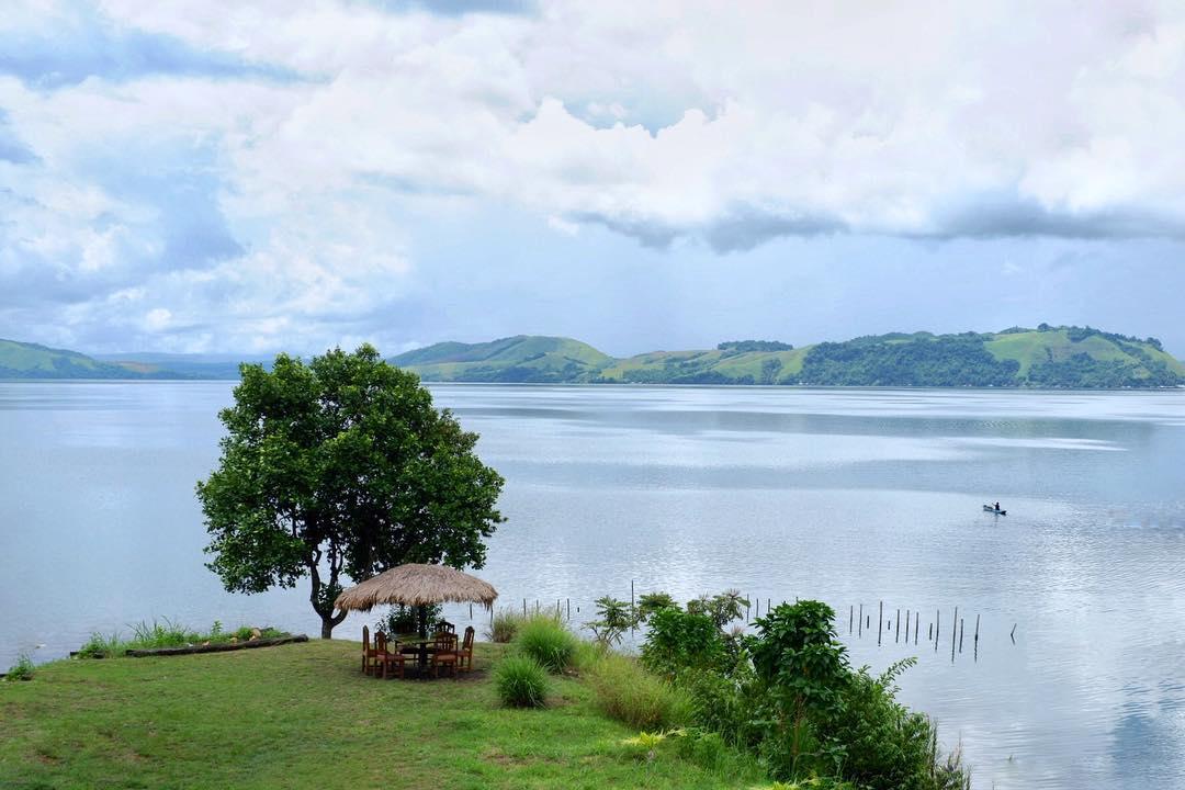 Wisata Papua Menikmati Keindahan Jayapura Danau Sentani Foto Oleh Irfanharr