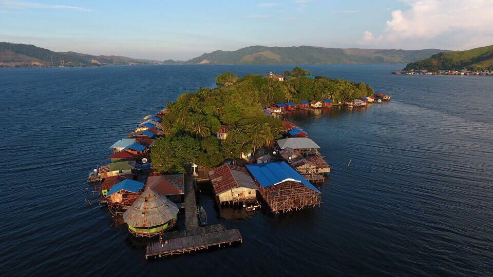 Wisata Papua Pulau Asei Dipercaya Sebagai Warga Asli Danau Sentani