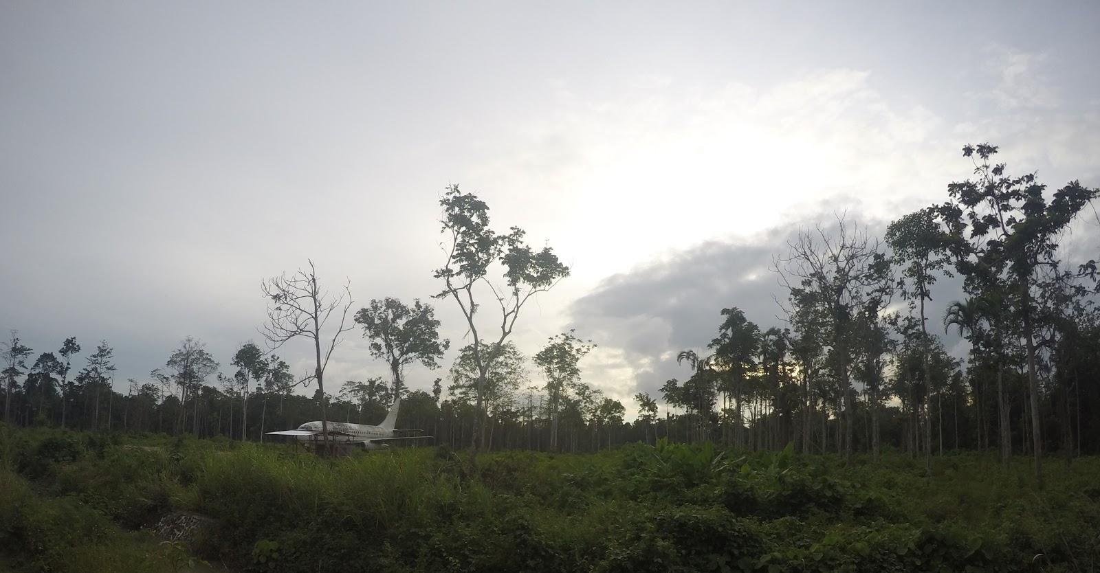 April 2017 Setiawan Mangando Pesawat Tengah Hutan Kab Jayapura