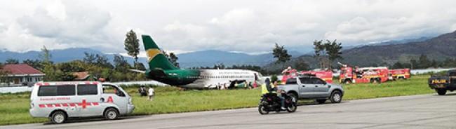 Berita Papua Pesawat Cargo Tergelincir Bandara Wamena Tengah Hutan Kab