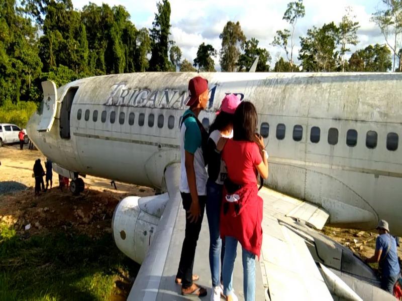 Nah Lho Bagaimana Bisa Pesawat Boeing Parkir Hutan Belantara Https