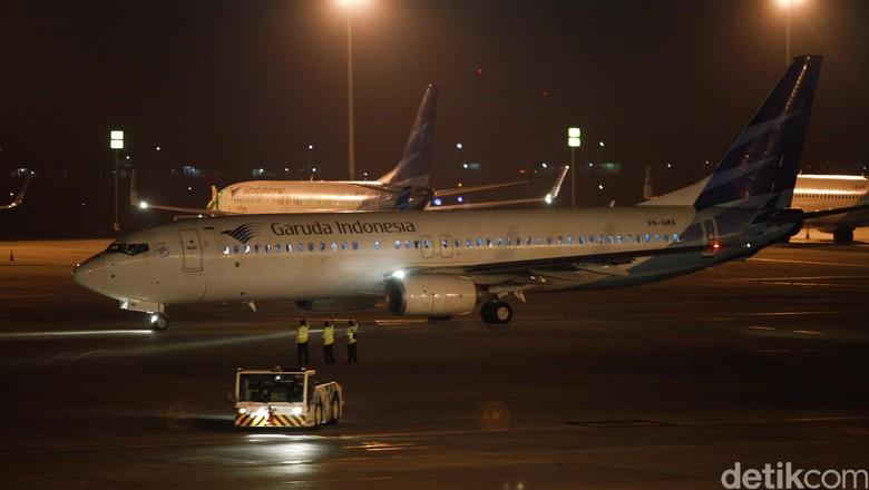 Perdana 2 Pesawat Garuda Terbang Terminal 3 Indonesia Timur Tengah