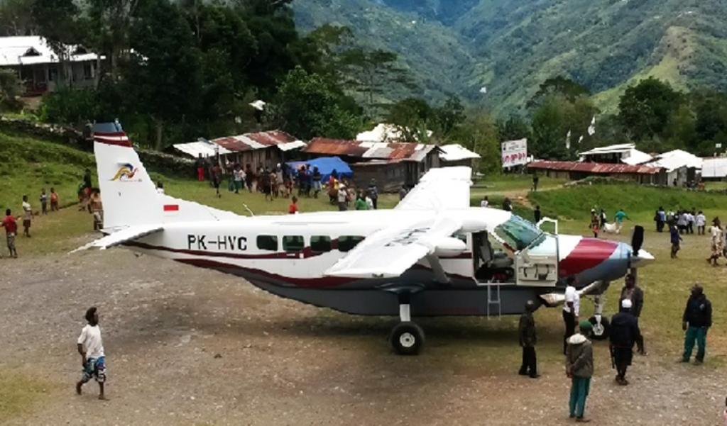 Pesawat Kargo Menjadi Alternatif Tiket Penumpang Habis Berita Tengah Hutan