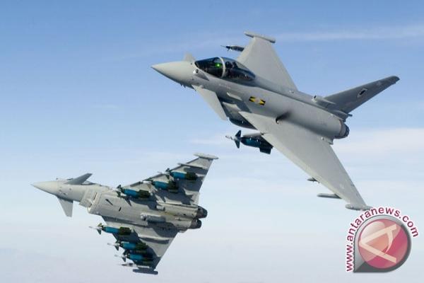 Warga Jayapura Dikejutkan Deru Dua Pesawat F16 Antara News Bengkulu