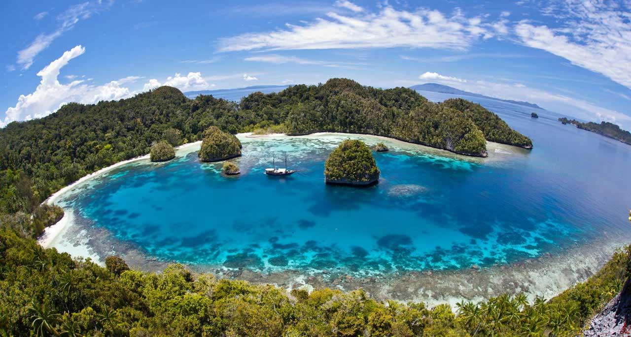 Daftar Objek Wisata Papua Cocok Destinasi Teluk Youtefa Kab Jayapura