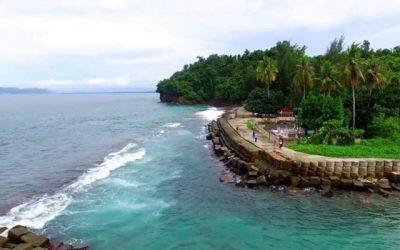 Informasi Wisata Jayapura Rental Mobil Murah Pantai Hamadi Teluk Youtefa