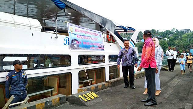 Kapal Wisata Youtefa Resmi Diluncurkan Pasific Pos Pemerintah Kota Jayapura