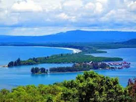 Perjalanan Wisata Alam Teluk Youtefa Jayapura Rental Mobil Sentani Kab