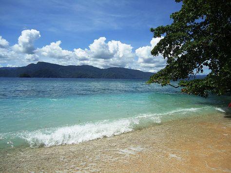 Skyline Teluk Youtefa Jayapura Papua Pic Irwan Chalid Country Pinterest