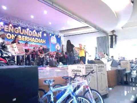 Arip Citenk Kawin Kontrak Live Dira Park Ambulu Jember Youtube