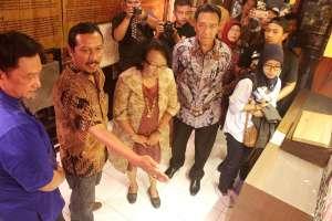Museum Huruf Perpustakaan Jember Lokal Karya Kopi Kahyangan Pdp Kabupaten