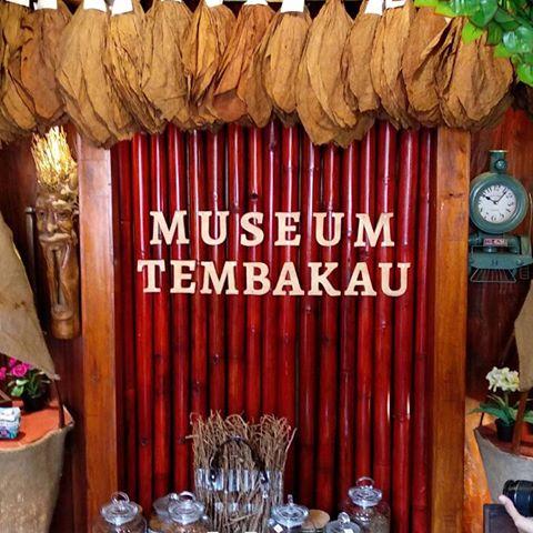 Obyek Wisata Sejarah Museum Tembakau Jember Kab