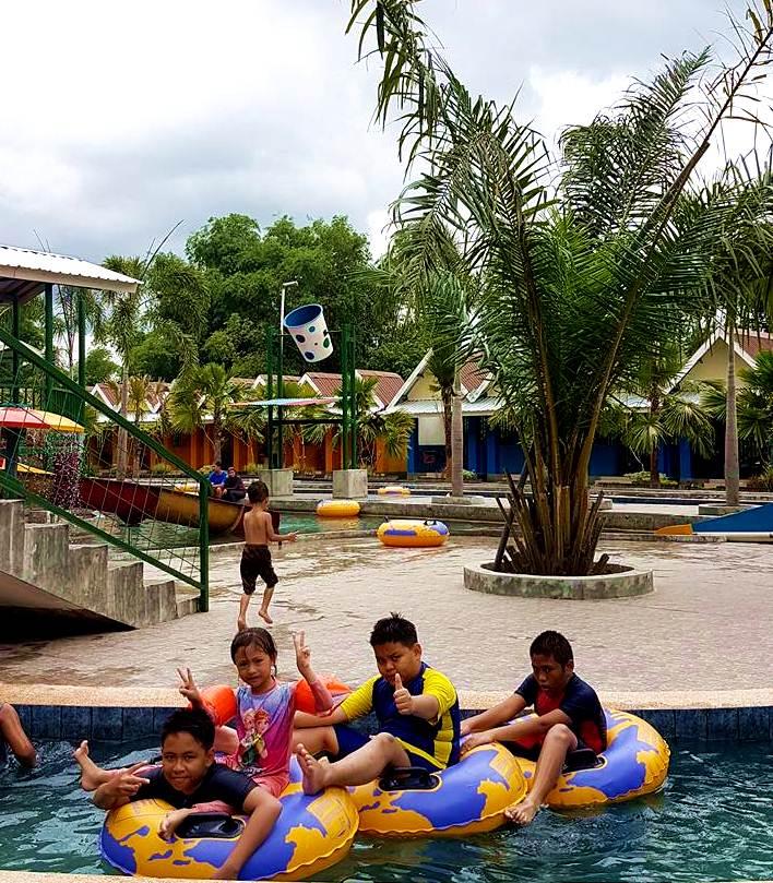 Kolam Renang Nongai Waterboom Pakusari Wisata Seru Jember Waterpark Kab