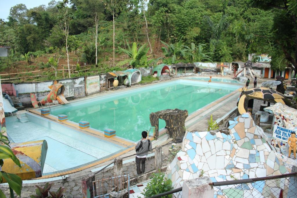 Wisata Waterpark Jember Pesona Pariwisata Seni Budaya Nongai Waterboom Kab