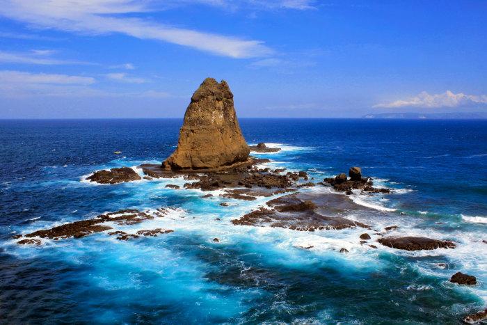 10 Tempat Wisata Jember Wajib Dikunjungi Pantai Papuma Kab