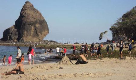 5 Pantai Papuma Jember Harian Bhirawa Online Kab