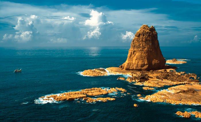 Harga Tiket Masuk Lokasi Pantai Papuma Jember Surga Wisata Mempesona