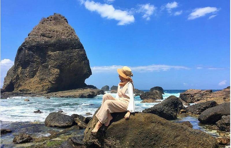 Intip Indahnya Pantai Papuma Jember Dipenuhi Mitos Okezone Https Img
