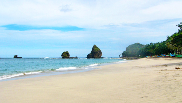 Pantai Tanjung Papuma Dimana Matahari Terbit Terbenam Tempat Tenang Kab