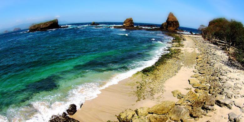 Papuma Pantai Terindah Jatim Kompas Kab Jember
