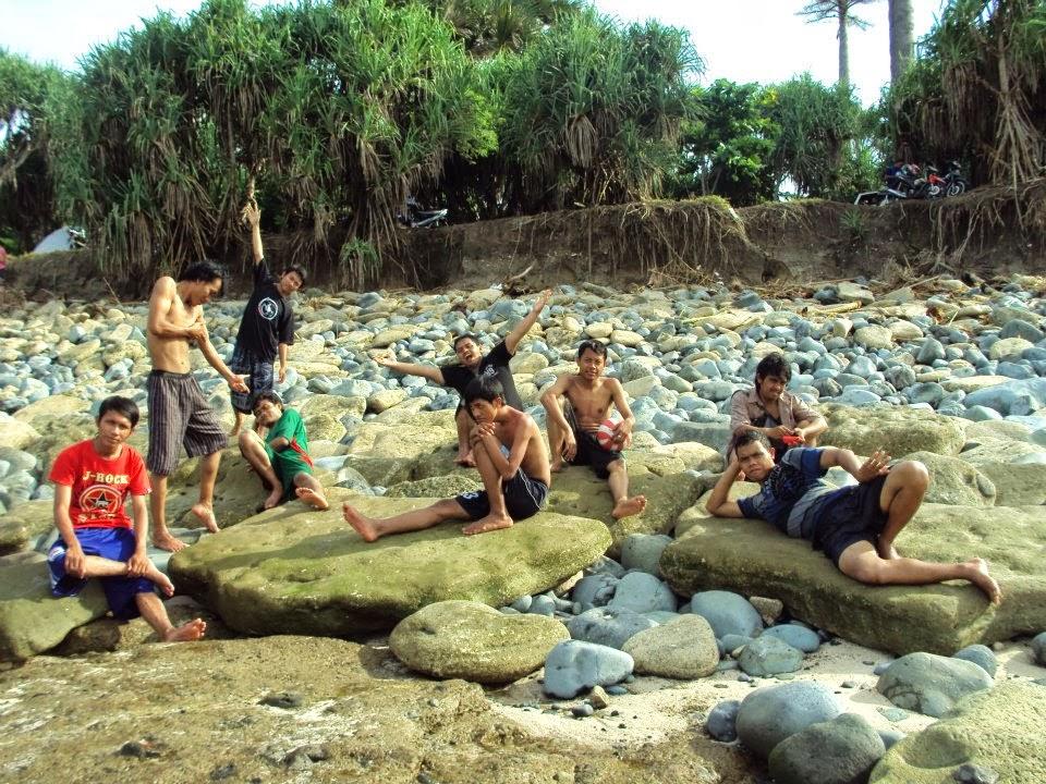 Tempat Objek Wisata Pantai Tanjung Papuma Jember Jatim Gambar Kab