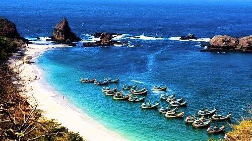 Trip Adventure Indonesia Keindahan Pantai Papuma Surga Jawa Tidak Bedanya