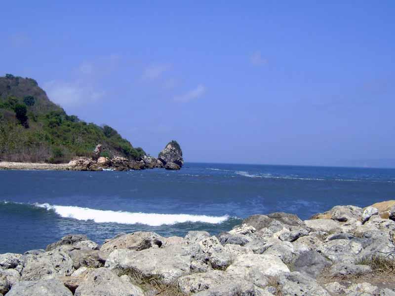 12 Obyek Wisata Jember Patut Dikunjungi Pantai Puger Kab