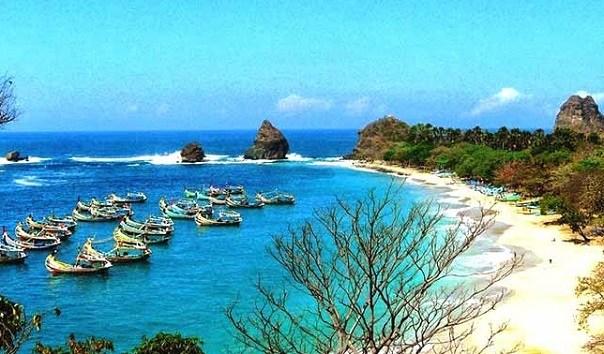 35 Tempat Wisata Jember Terbaru Wajib Dikunjungi Travelers Pantai Puger