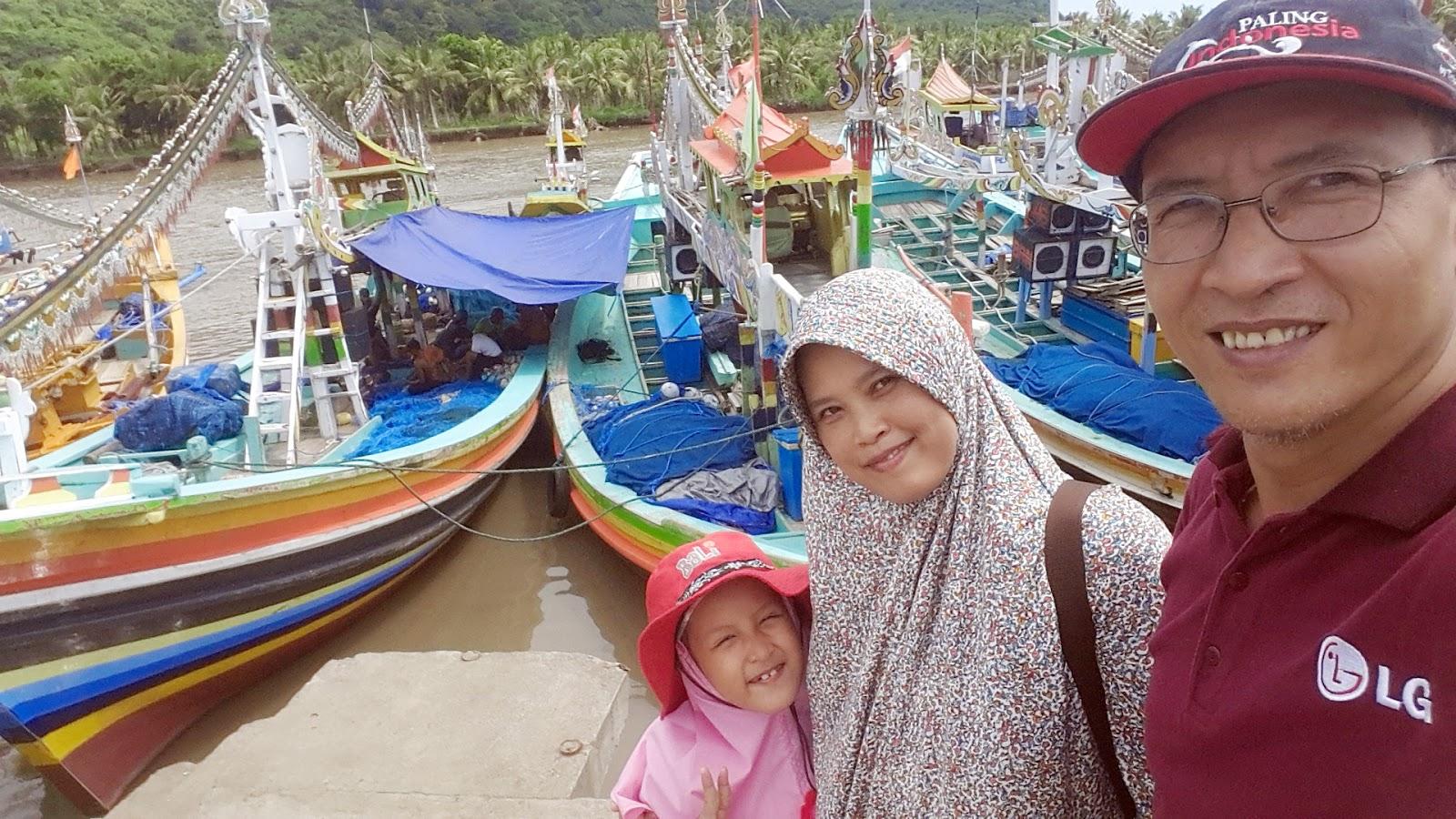 Firdaus Ubaidillah Pantai Nelayan Puger Kabupaten Jember Jawa Timur Terasi