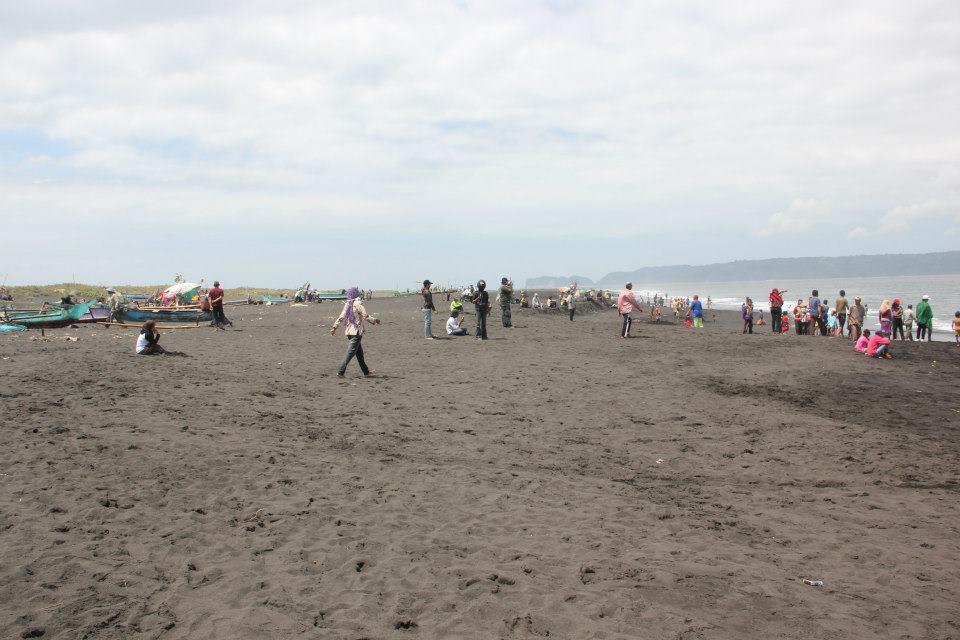 Jember Information Centre Tourism Pantai Paseban Puger Kab