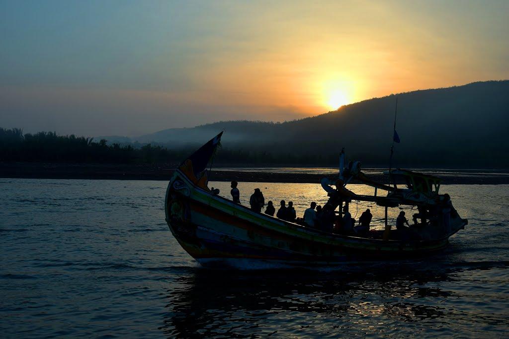 Jl Pantai Pancer Puger Kulon Kabupaten Jember Jawa Timur 68164